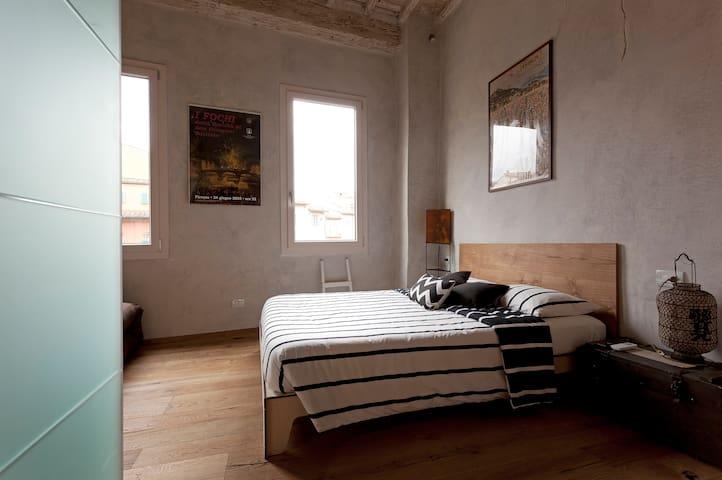 Sant'Ambrogio Art Studio Wi-Fi free