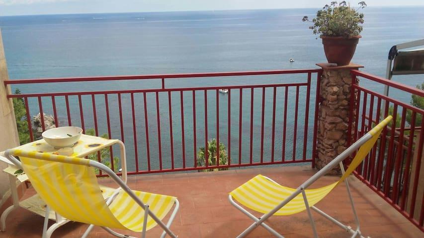 Appartamento a due passi dal mare - Torre Colonna-Sperone - Apartment