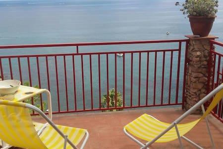 Appartamento a due passi dal mare - Torre Colonna-Sperone