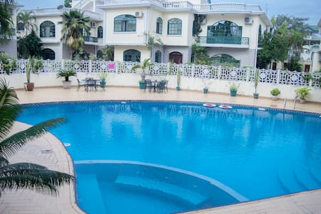 Oysterbay Luxurious Villa Adjacent to Coco Beach