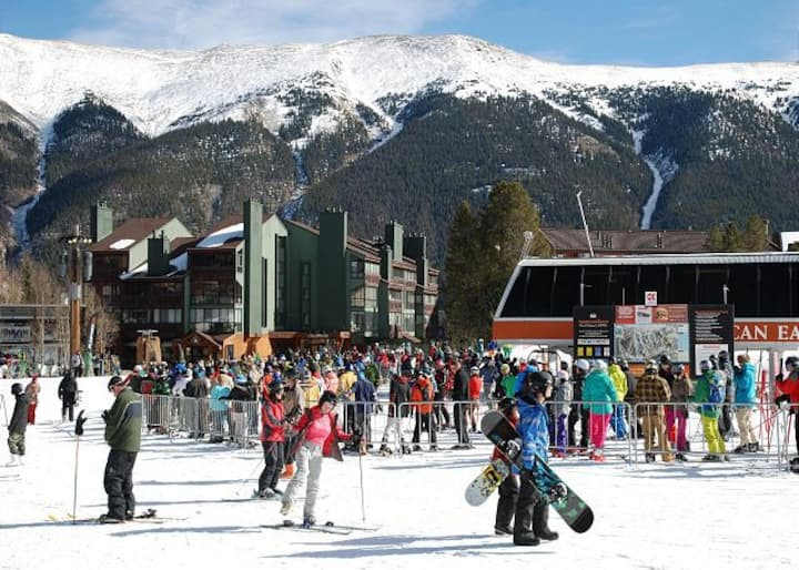 True ski in/ski out and the closest lodging to the NEW American Eagle lift in Copper's Center Village - CJ203