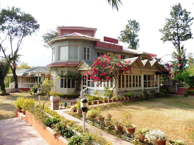 Anantson Resort - Chamba