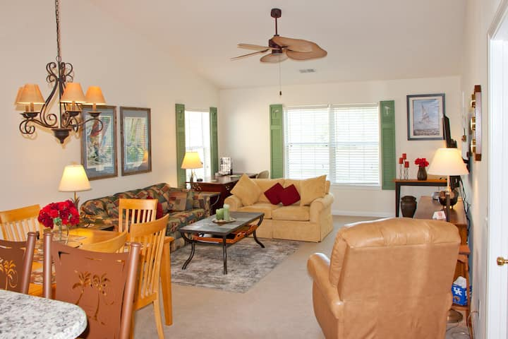 Pawleys True Blue Family Villa Near Beaches &Golf