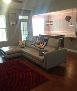 Entire Home For Rent - Bed & Breakfast