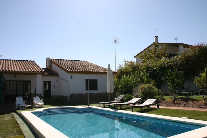 Country House near Seville - Ruta de la Plata