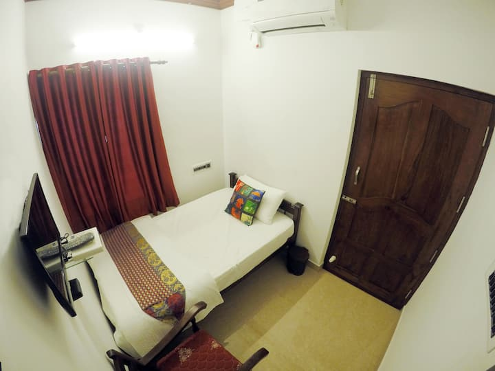 Single Room at Cherai Beach