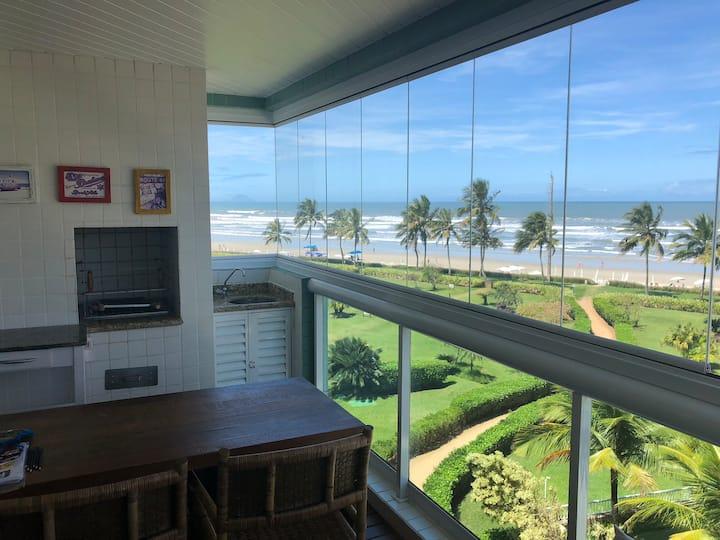 Apartamento Pé na areia  Riviera de São Lourenço .