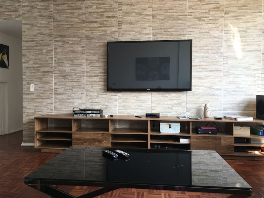 Living / TV room