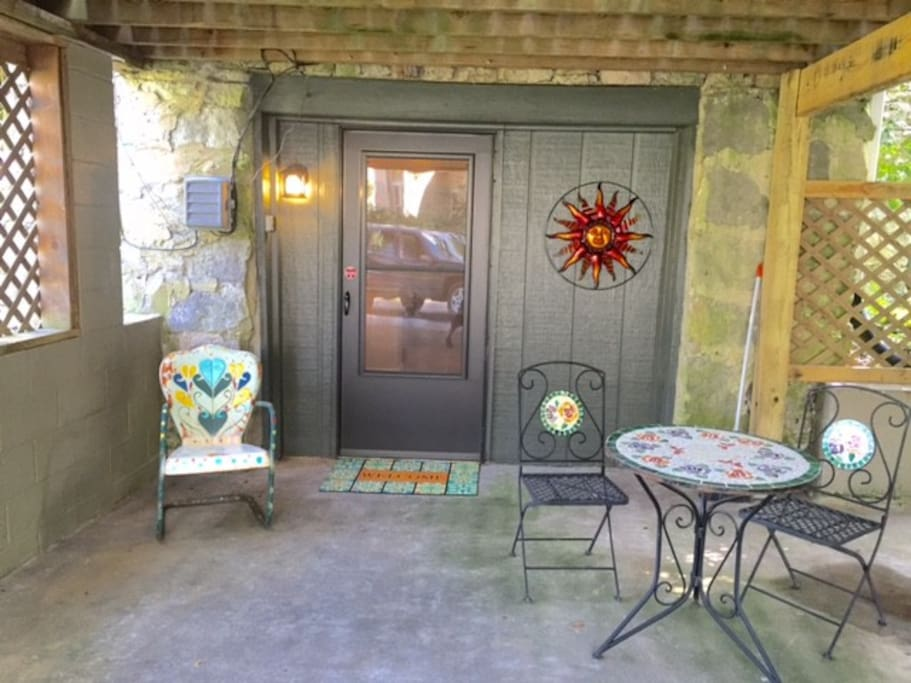 Entrance way and nice peaceful setting for your morning coffee.