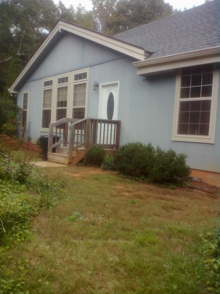 Blue Cottage Studio