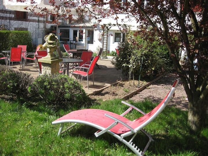 logement pour 1 à 4 personnes donnant sur jardin