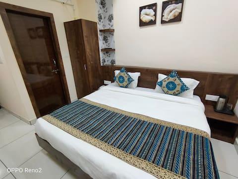 Amrit Hotel