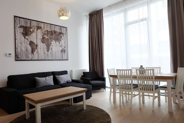 Classy 2Bedroom in Place La Monnaie - Bruxelles - Appartamento