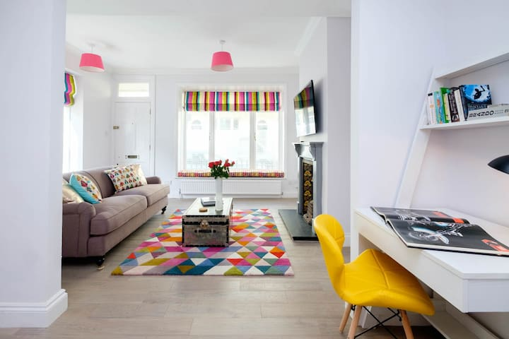 Stunning, central & spacious town house