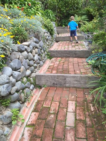 path leading to guesthouse