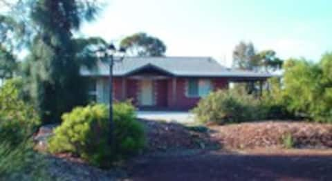 Wave Rock Cottage - Hippos (closest to Wave Rock)