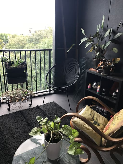 Sweet balcony where you can sip a coffee and enjoy the fresh air, facing the popular weekend markets in West End. Enough privacy to feel like a little cave, with sliding door entry from the lounge or the bedroom.