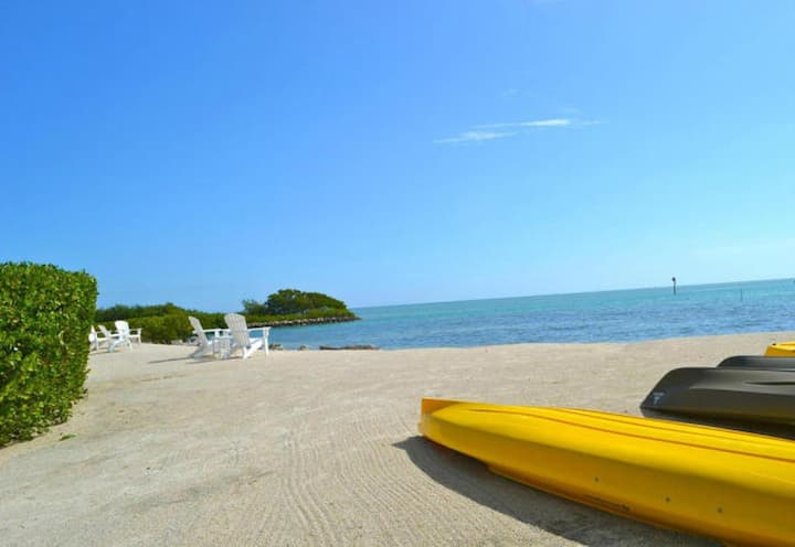 Sailfish Hse. Anglers Reef is Oceanfront  2bed/2.5