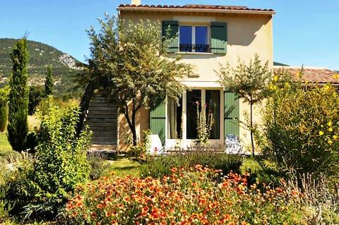 Mooie B&B in de Provence - La Baïssière