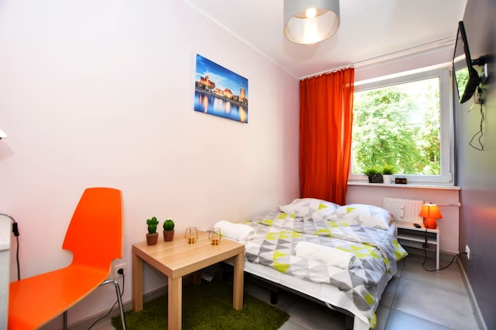 CITYCENTRAL Hostel - double room close to RYNEK
