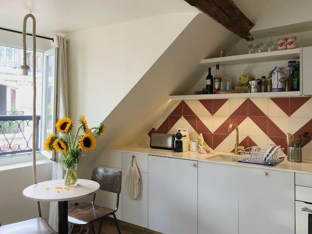 Bastille Studio Kitchen