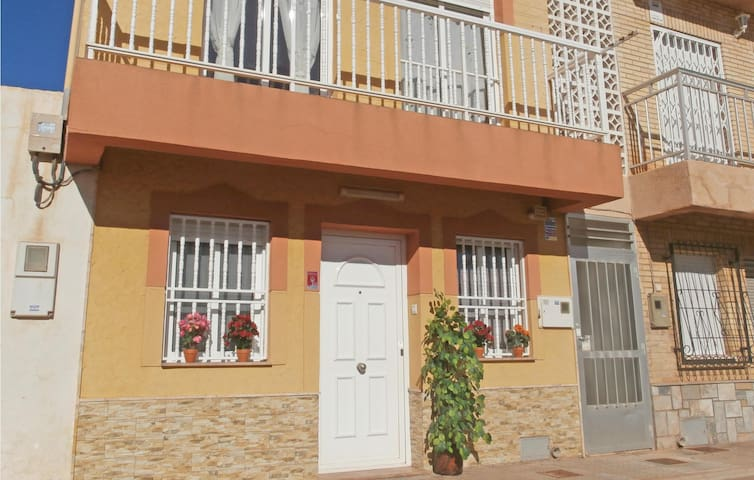 Holiday apartment with 2 bedrooms on 54 m² in Los Urrutias