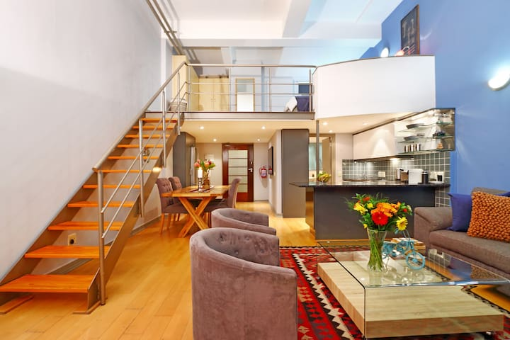 Cape Town Heights Loft Apartment