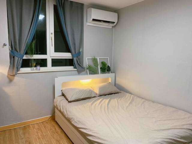 NEW★ cozy house / 1 Min walk to subway, COEX