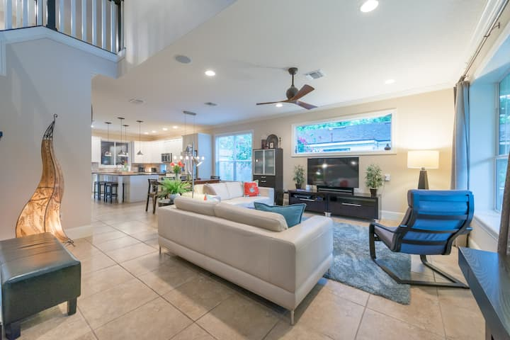 Pool Home / Winter Garden near lake +attractions