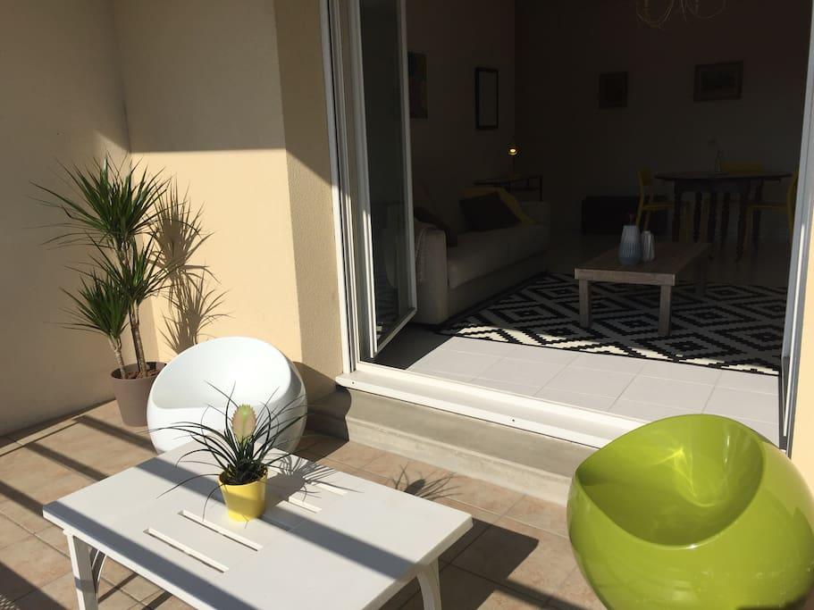 Terrasse ensoleillée de 8 m²