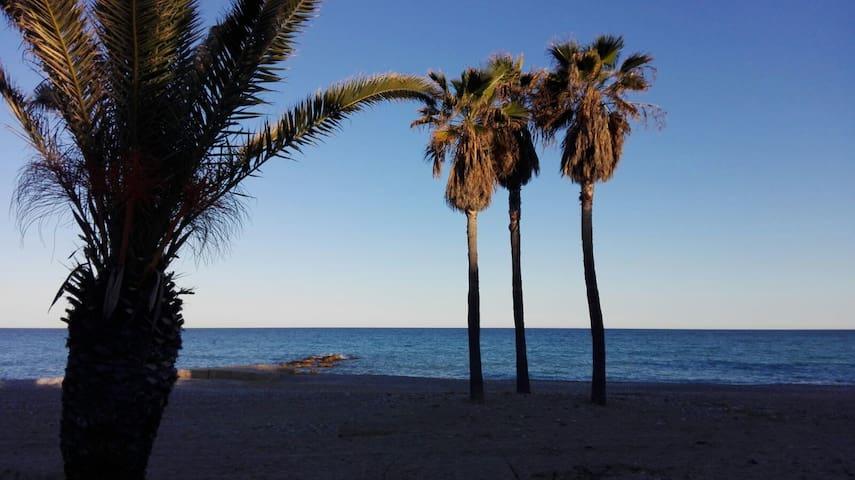 Casa a primera linea de playa - Platja de Nules - Huis