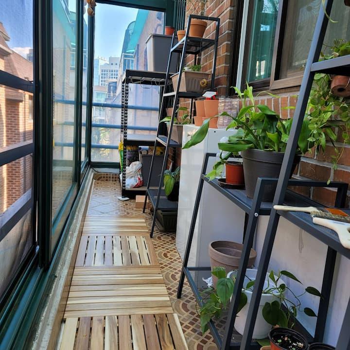 Minos private room