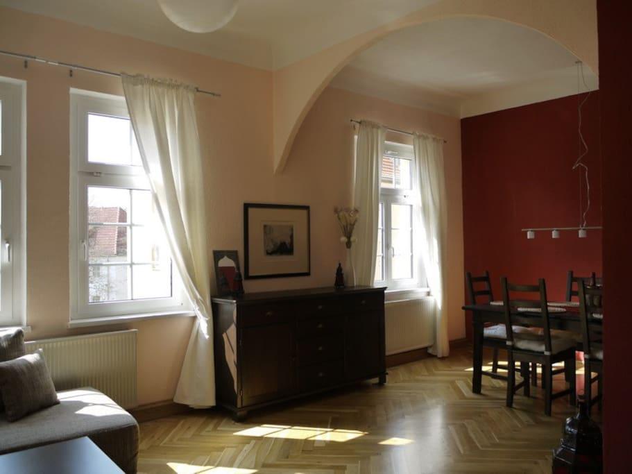 wohnen bei goethes erben goethe appartment wohnungen zur miete in weimar th ringen. Black Bedroom Furniture Sets. Home Design Ideas