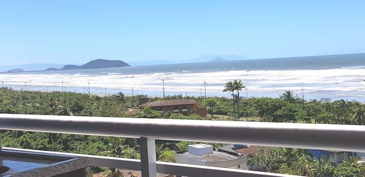 Apartamento com linda vista para o mar em Bertioga
