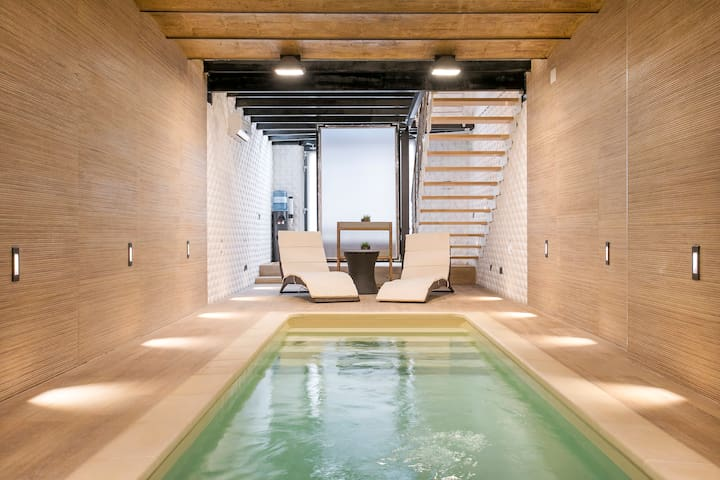 Luxury Flat, Private Pool / Sagrada Familia