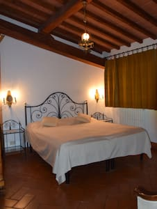 Apartment for two in Fienile number 2 - Tavarnelle Val di Pesa