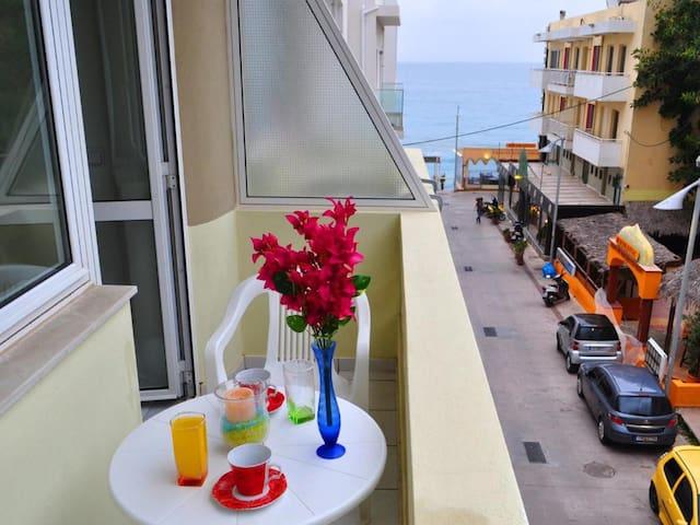 Studio Sea View - Greta Apartments