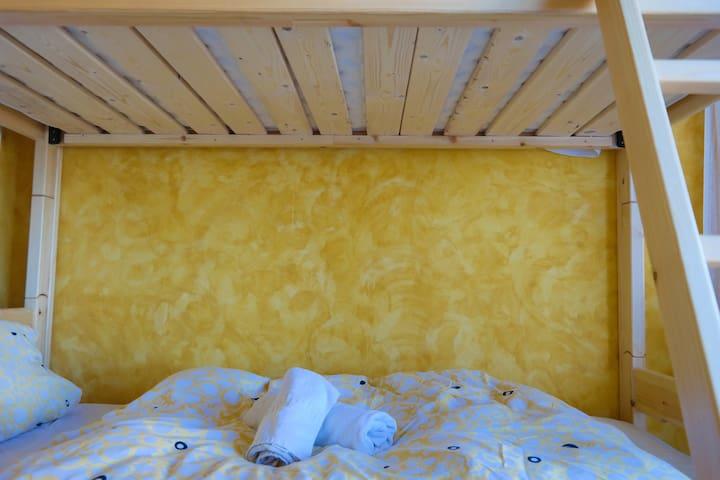 Bunk Bed-Room - Hostel Elisson/Hen Coop