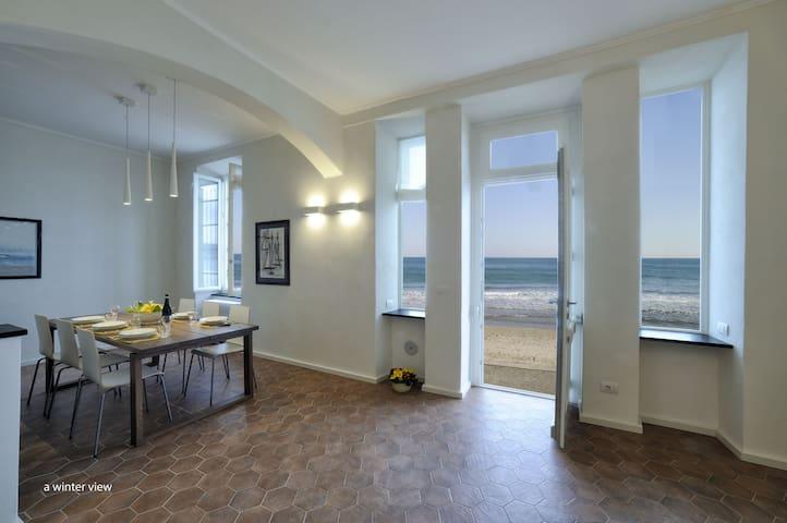 la casa sulla riva