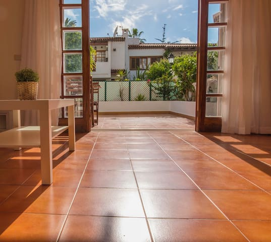 Apartment with 2 Bedrooms and huge sunny terrace