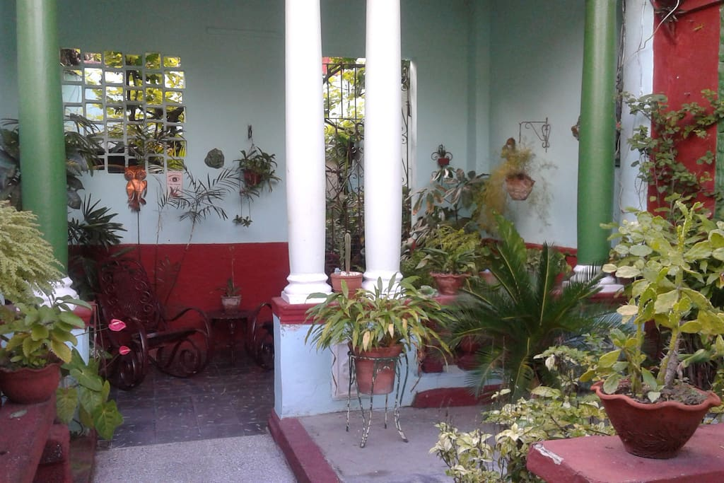 Hostal el jard n houses for rent in santa clara villa for Hostal el jardin chiclana