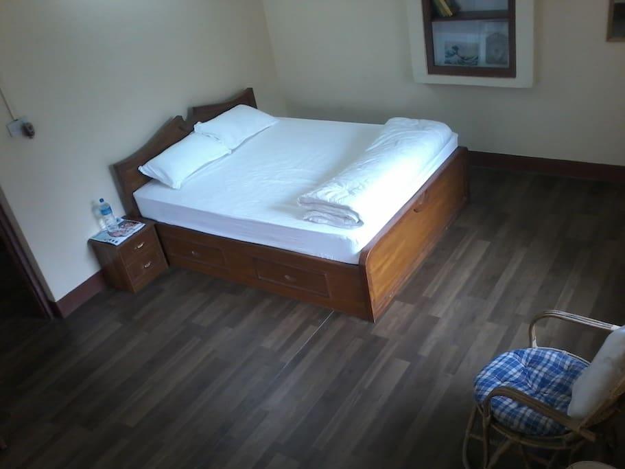 Delux Bedroom 1
