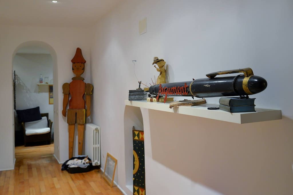 il corridoio  con gli oggetti che amiamo
