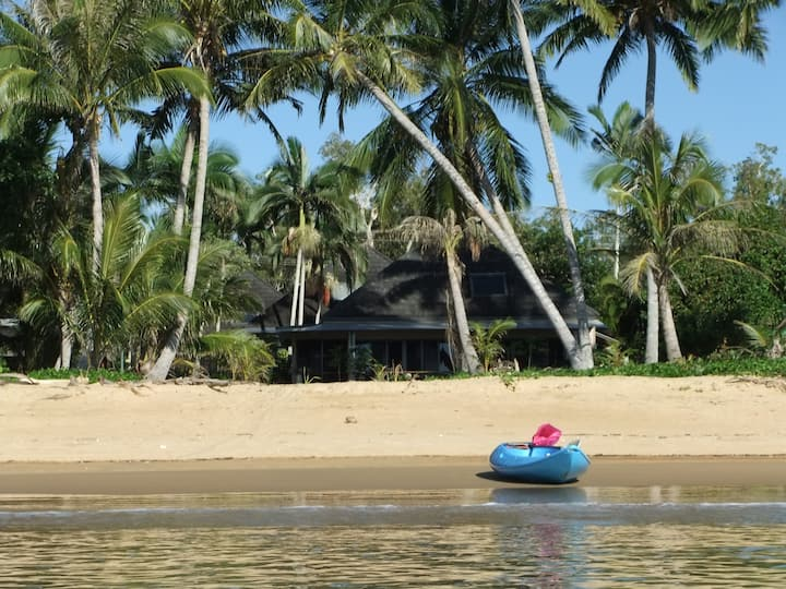 Absolute beachfront tropical living. Beach Villa 5