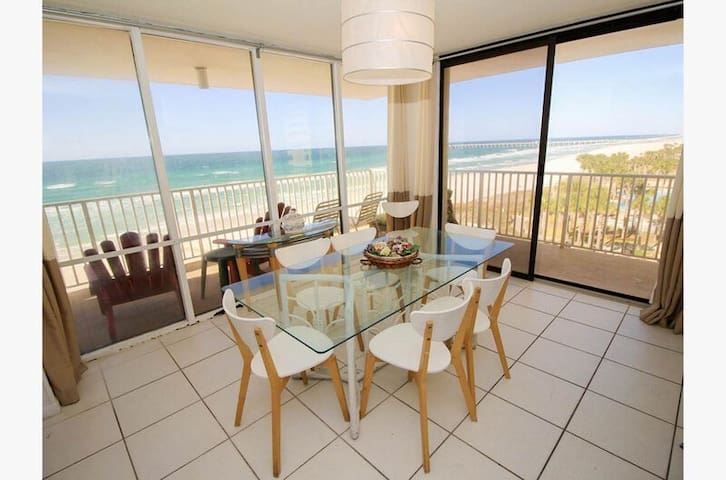 Panoramic Views of The Coast~3 Bdrm End Unit w/ Wrap Balcony~New Listing!