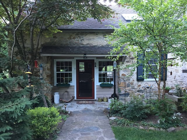 STUNNING HISTORIC 1791 STONE RIVER FRONT HOME