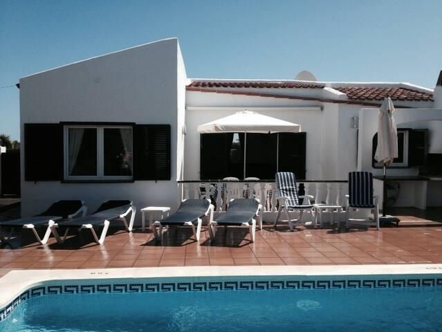 3 bedroom private villa with pool - Cala en Porter