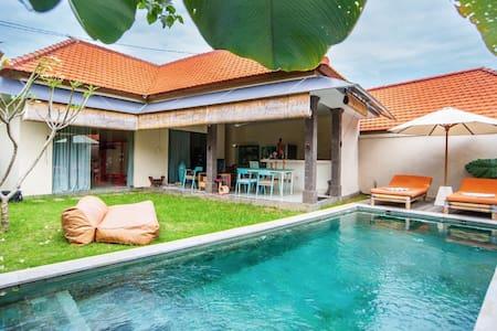 Sunny 'bamboo' private villa 2 bedroom - Villa