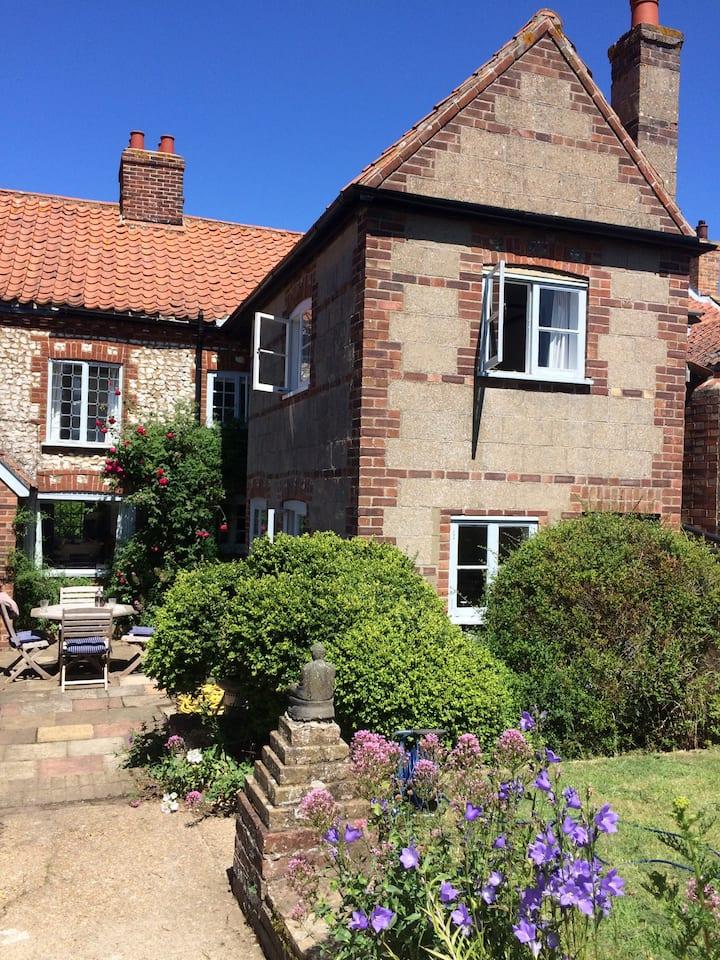 Burnham Overy Coastal Cottage