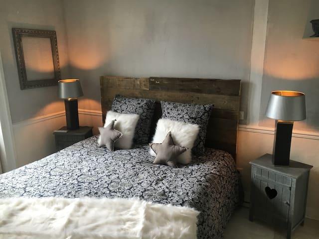 Chambre  Carla vue sur la baie - Saint-Jean-le-Thomas - Bed & Breakfast